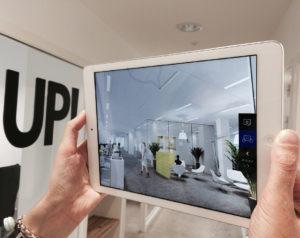 visite virtuelle à travers une tablette pour l'immobilier